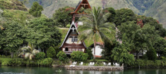 Tenzing Travel | Orang Oetans & Lake Toba